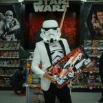 "WHAT'S ON: Toys""R""Us – Find The Force this Father's Day (2017)"